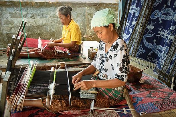 Chinese Weavers