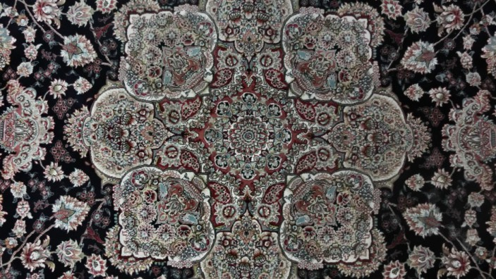 The Role of Handmade Rugs in Religions Around the World